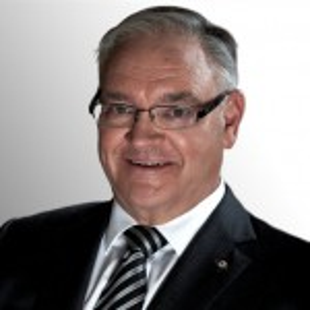 Bluescope chairman Graham Kraehe to step down