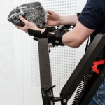 Robot exoskeleton gives workers the strength of ten men [VIDEO]