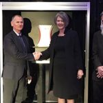 Centre for surface engineering for advanced materials opens at Swinburne